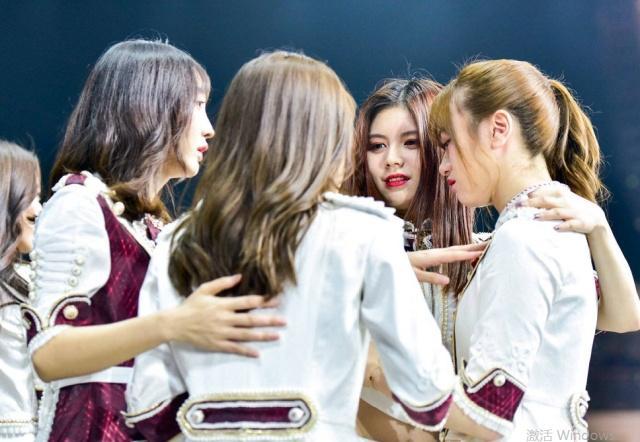 SNH48解散,大多被安排当女主播,火箭少女却火了,差别在哪?