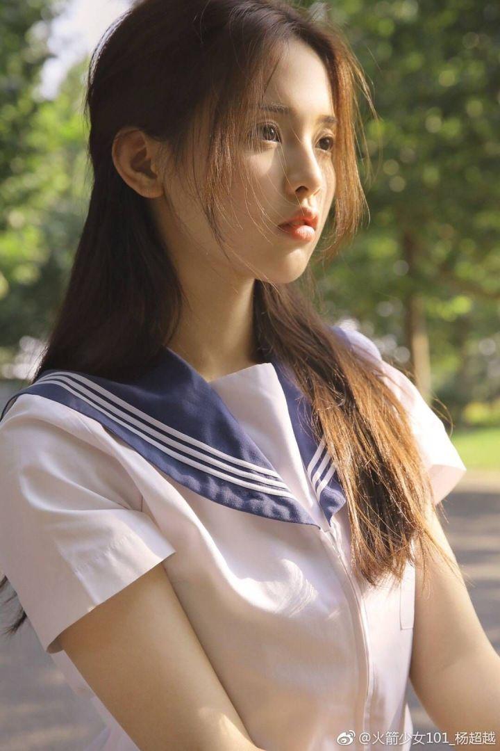 粉丝眼中火箭少女101解散以后杨超越的发展