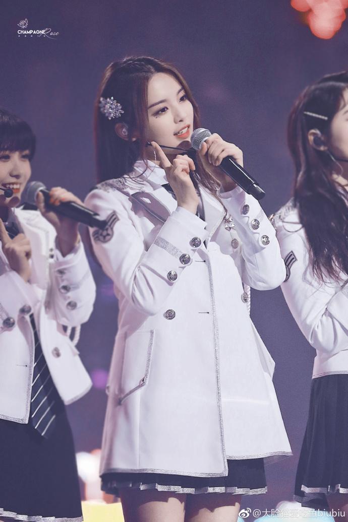 火箭少女101北京演唱会杨超越神图汇总粉丝个人向