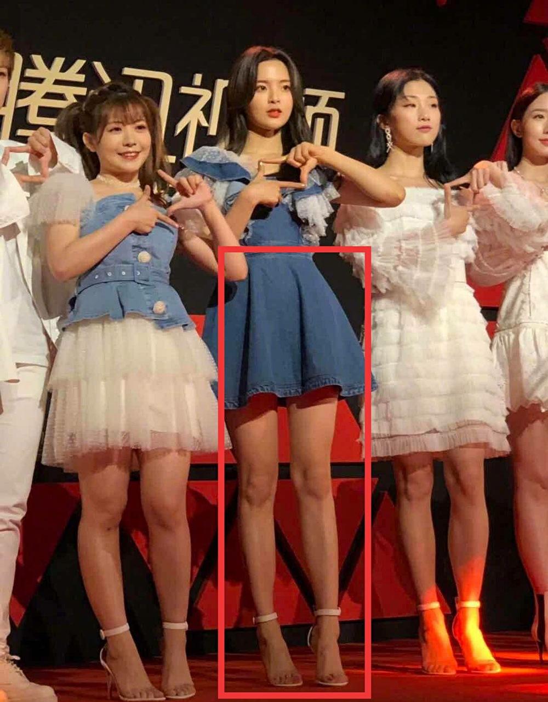 杨超越身材有多好?看她和火箭少女红毯同框照,这比例是要逆天?
