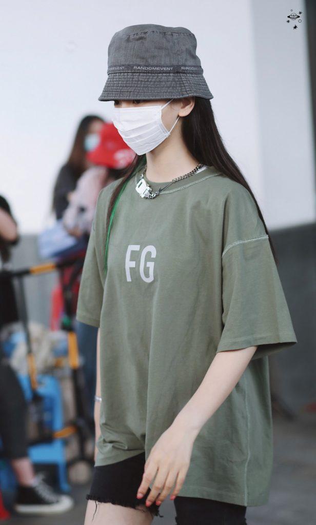 白色口罩也挡不住杨超越的魅力【16P】