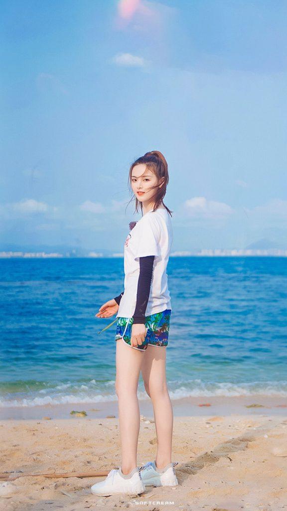 哈哈农夫里海边的阳光少女杨超越美图【9P】