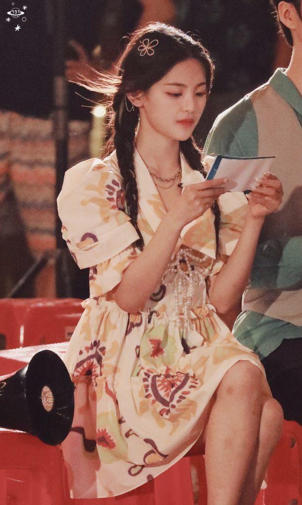 三亚西岛文静版的花裙子杨超越【9P】
